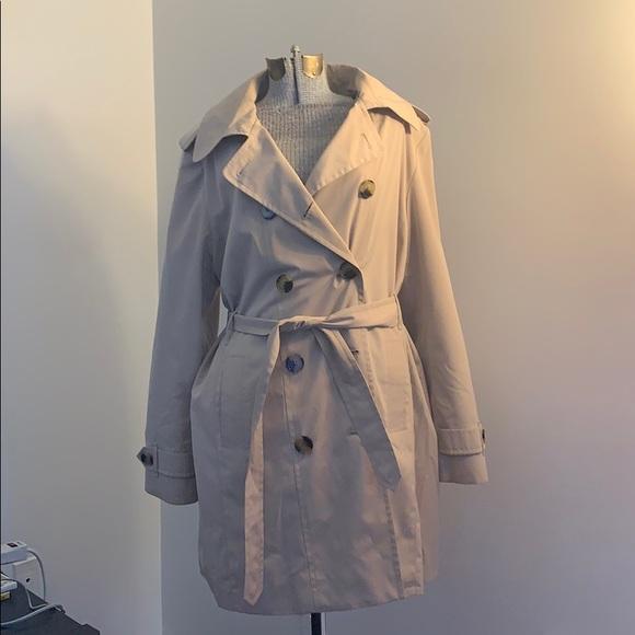 croft & barrow Jackets & Blazers - Belted trench/raincoat 🌧